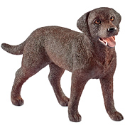 Farm World Labrador Retriever Female Figure